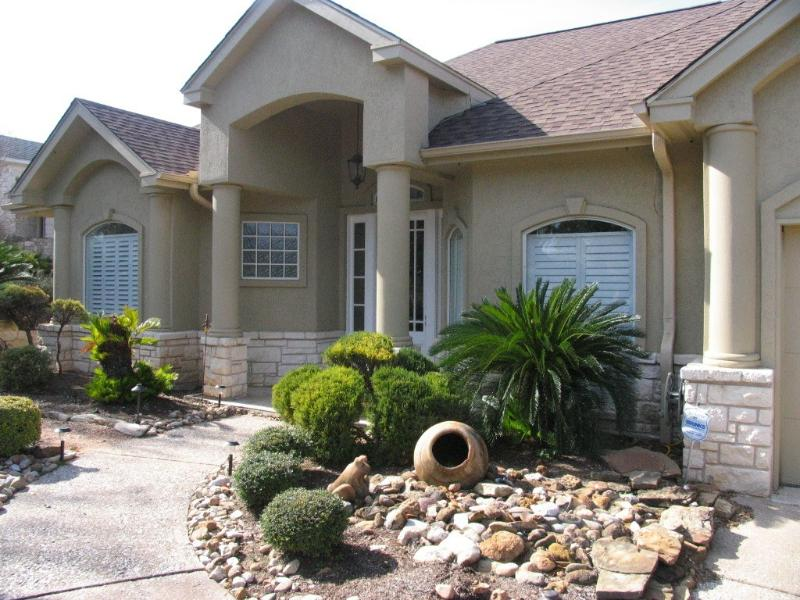 Lake Travis Lookout - Front of House - Beautiful Waterfront HM w/ BoatDock--3BD/3.5BA - Spicewood - rentals