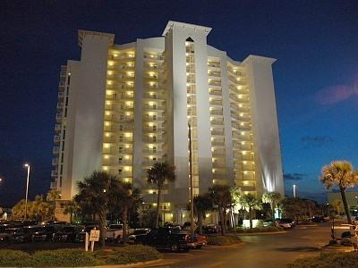 Terrace at Pelican Beach at night - Destin 3/3 Condo - Book for Summer Now! - Destin - rentals