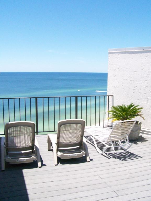 Upper deck - 2-level BEACHFRONT PH! May/June renting fast! - Panama City - rentals