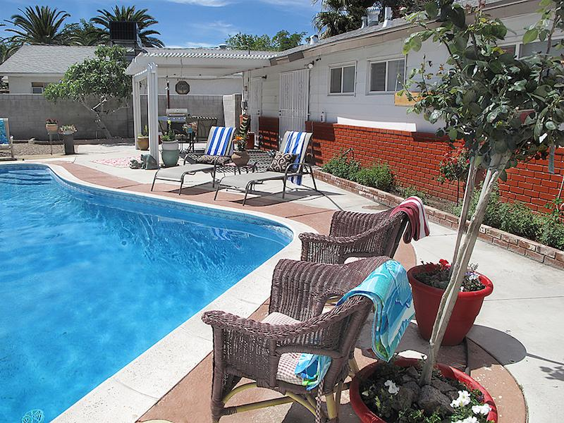 BEAUTIFUL MALIBU VACATION HOME IN VEGAS - Image 1 - Las Vegas - rentals