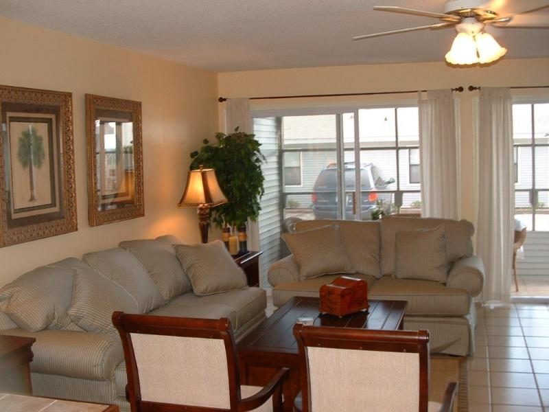 Living area - Spaciou  Gulf Vu Townhome 20 steps to beach stairs - Alys Beach - rentals