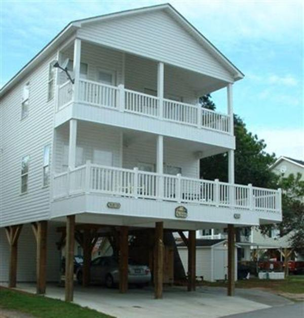 Beautiful 2-story House in Ocean Lakes-Site N42 - Image 1 - Myrtle Beach - rentals