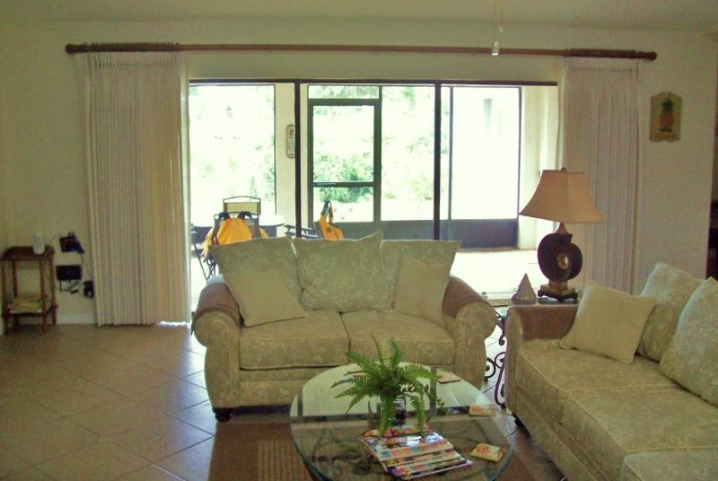 Living Room towards Lanai - Waterfront Vacation Rental in SW Florida - Punta Gorda - rentals