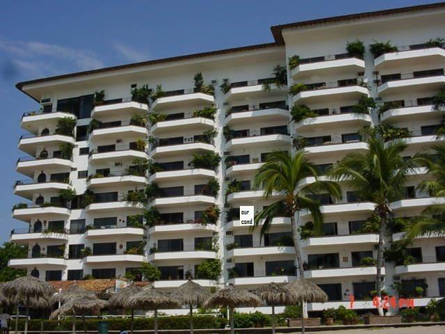 Beachfront Deluxe Condo - on Los Muertos Beach - Image 1 - Puerto Vallarta - rentals