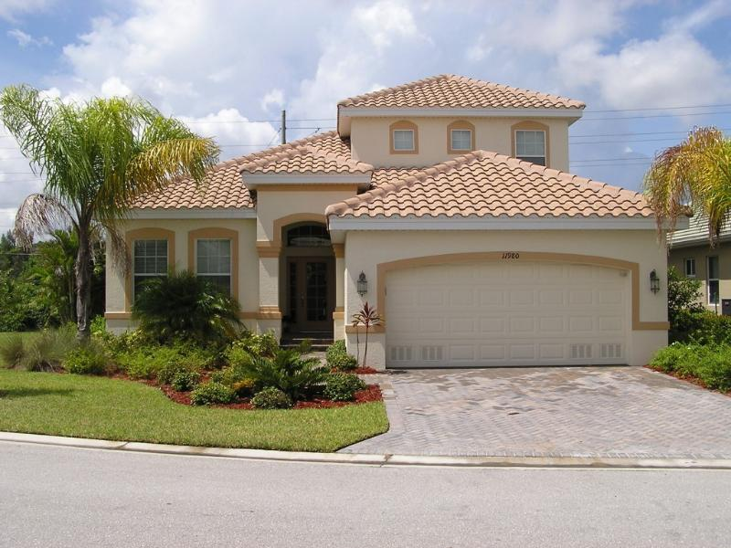 Front View - Model home 10 minutes from beaches - Fort Myers - rentals