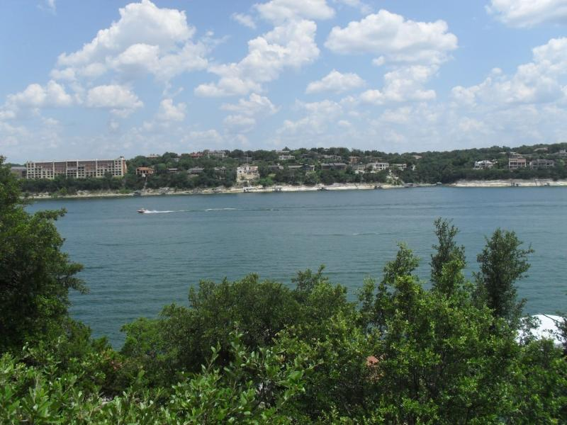 Paradise on Lake Travis - 4 BR/3 BA - Image 1 - Lago Vista - rentals