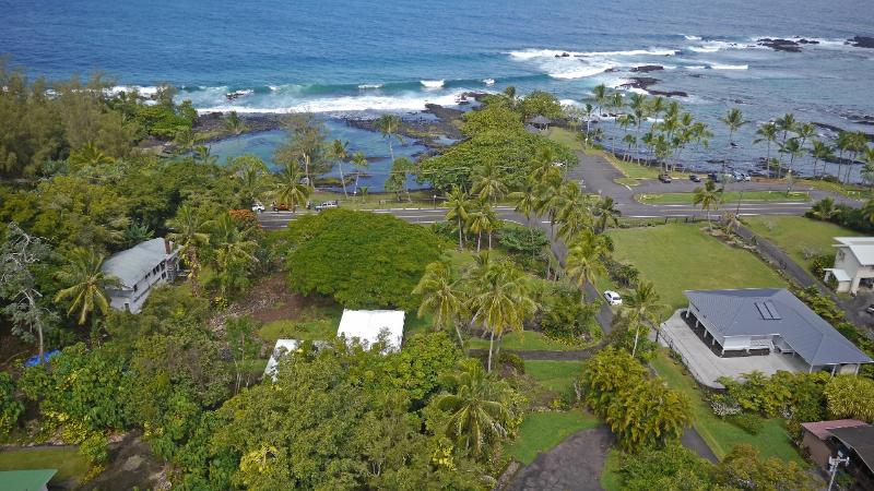 Aerial view of Richardson's Beach Park.  Rental house in middle, white roof. - Ocean Frt.-Best Hilo Swim Lagoons - Hilo - rentals