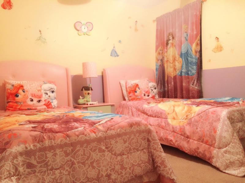 Beautiful 7 beds/5.5 Bath ( 4 Master suites) Villa - Image 1 - Kissimmee - rentals