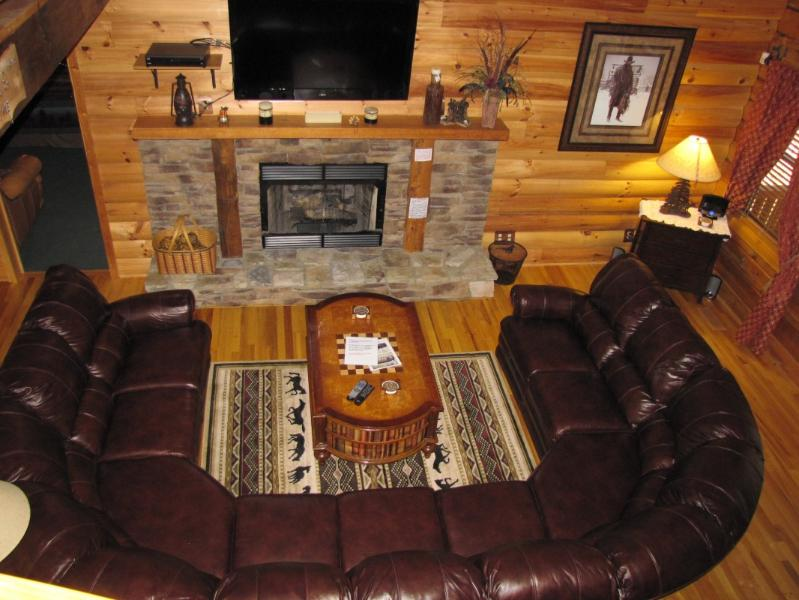 Seating around - Family Cabin - 15 minutes to downtown Chattanooga - Trenton - rentals