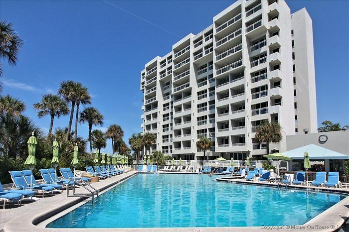 Pool - Longboat Key Beachfront  - Inn on the Beach 1-207 - Longboat Key - rentals