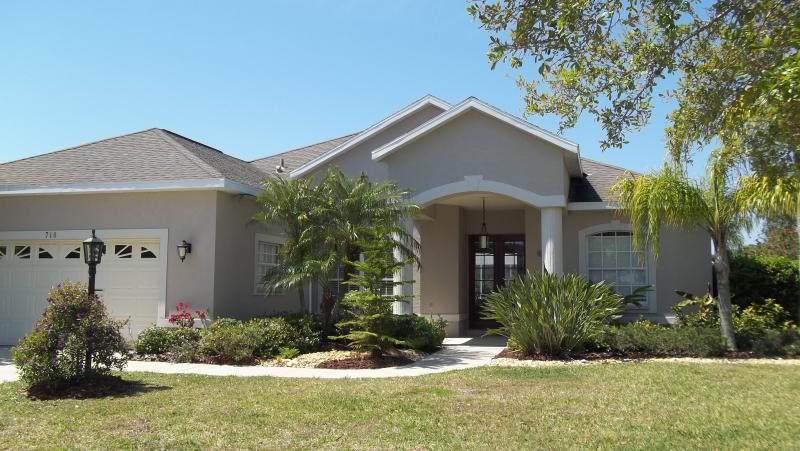 GOLF COMMUNITY POOL HOME LAKEWOOD RANCH - Image 1 - Bradenton - rentals