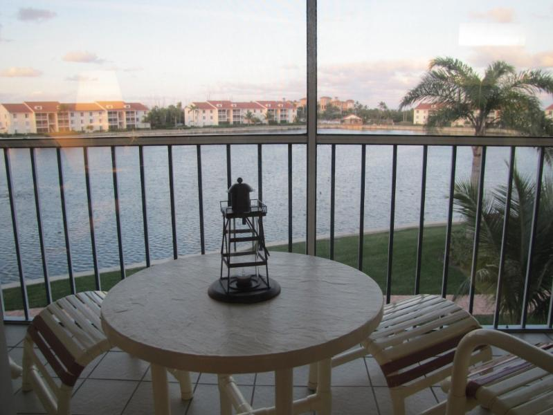 Great way to start and end your day. - Hutchinson Island Beauty In Paradise - Jensen Beach - rentals