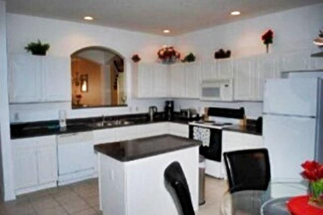 Carla's Luxury Villa- Fantastic Home with a Pool, Ideal Location - Image 1 - Kissimmee - rentals