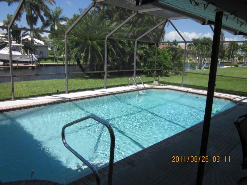 133 SW 52nd Street - APRIL SPECIAL -- $ 925/ week plus tax - Cape Coral - rentals