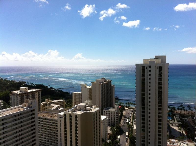 View from lanai - Magnificent Ocean View Penthouse In Waikiki Beach - Honolulu - rentals