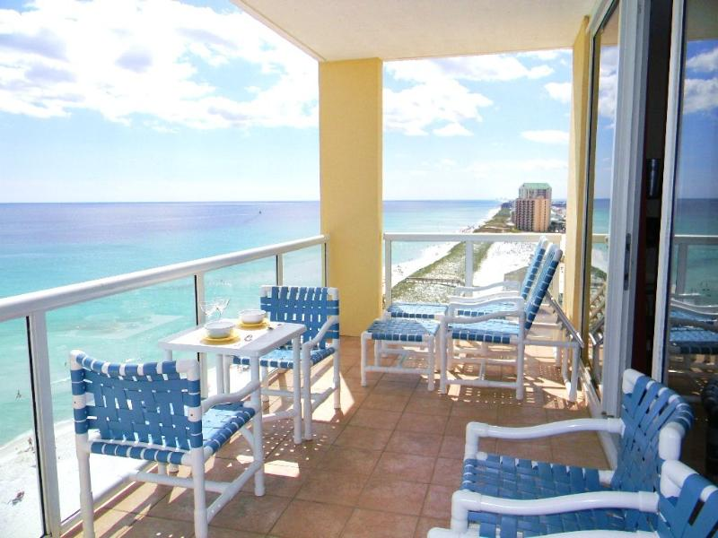 Main Balcony overlooking the Gulf and the beach - Beautiful Corner Unit with Unobstructed View ! - Navarre Beach - rentals