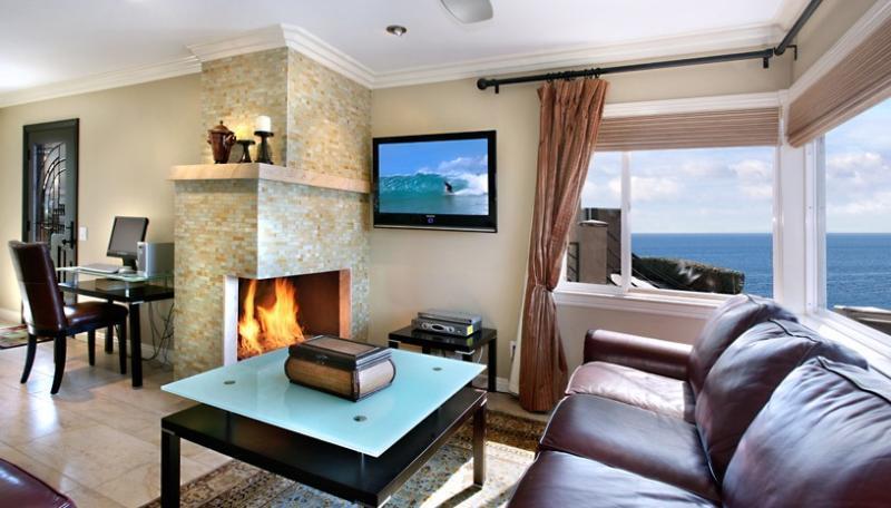 Living Room - Cress Point !!! Ocean Views - Laguna Beach - rentals