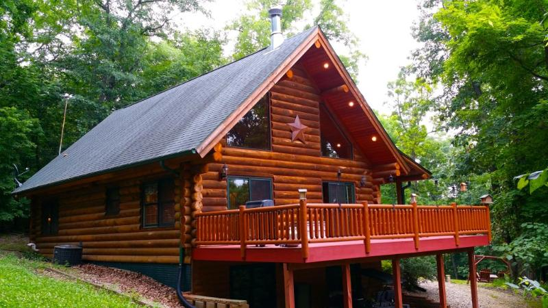 Paint Creek Lodge (A-Frame Log Cabin) - 5 Bedrm LogCabin with Hot Tub... Paint Creek Lodge - Harpers Ferry - rentals