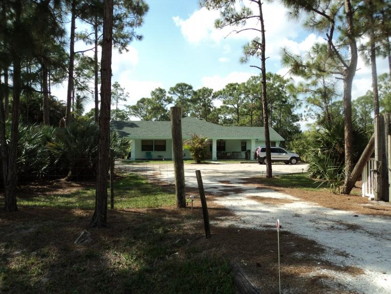 Beautiful House in Jupiter Equestrian Community - Image 1 - Jupiter - rentals