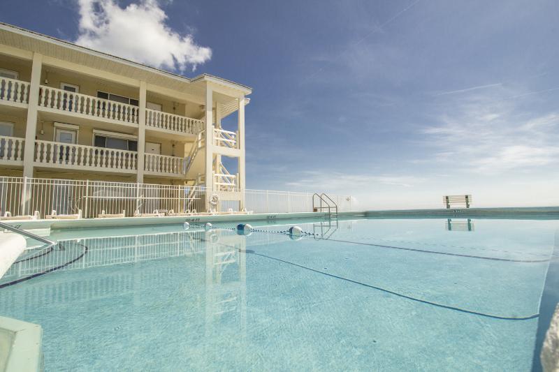 Ocean Front 2B/1B 2nd flr. Beach is your backyard - Image 1 - Satellite Beach - rentals