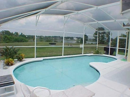 3BD Pool Home  Winter Special  2500 Month - Image 1 - Davenport - rentals