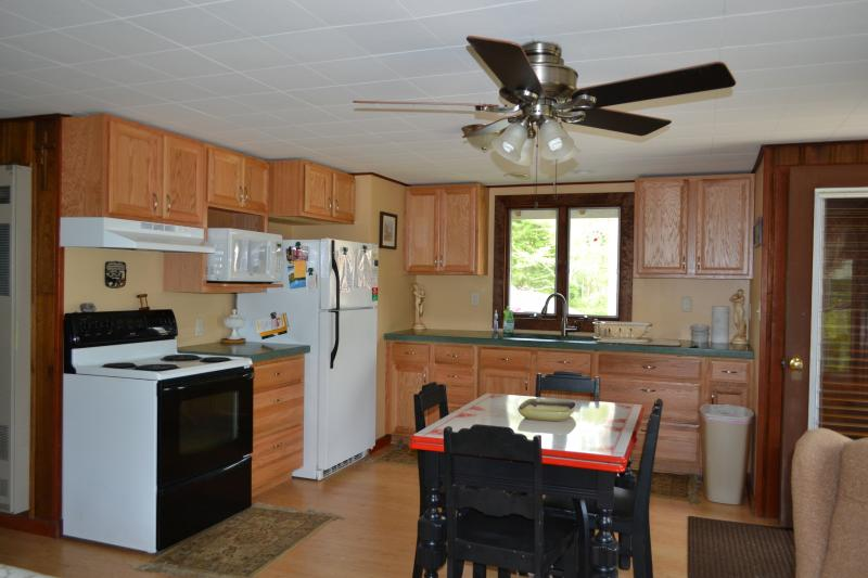 Kitchen - Summer retreat! 1.5 miles to Nauset Light Beach! - Eastham - rentals