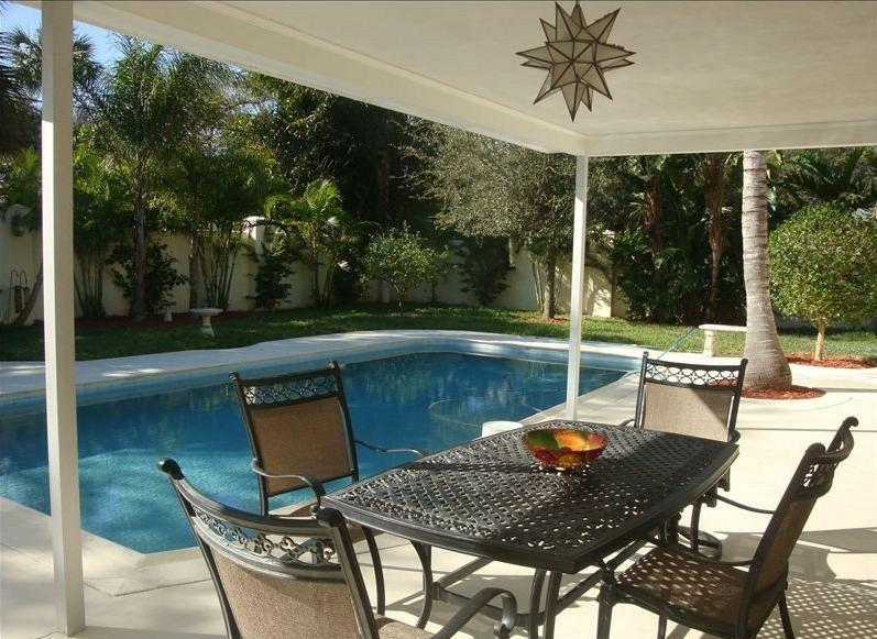 Covered Patio overlooking Heated pool - Island Living One Block From The Ocean Beaches - Vero Beach - rentals