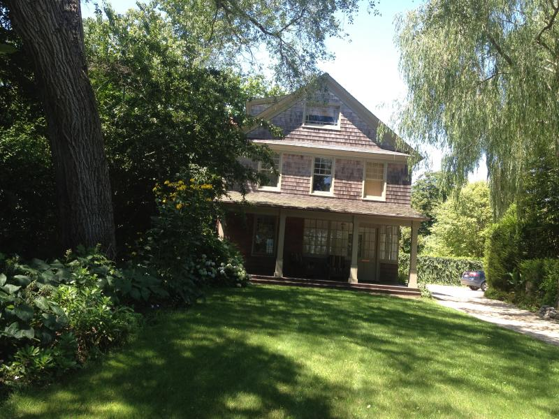 Front of House - Finest Home in East Hampton Viillage - East Hampton - rentals