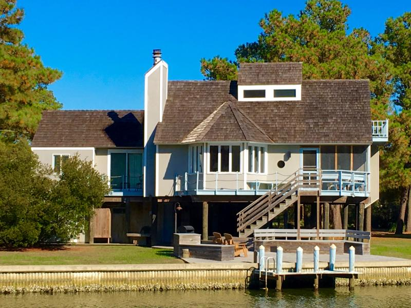 Spinnaker Waterfront Home from the Water - Chincoteague Waterfront - 4 Bed, Sleeps 1-11, dock - Chincoteague Island - rentals