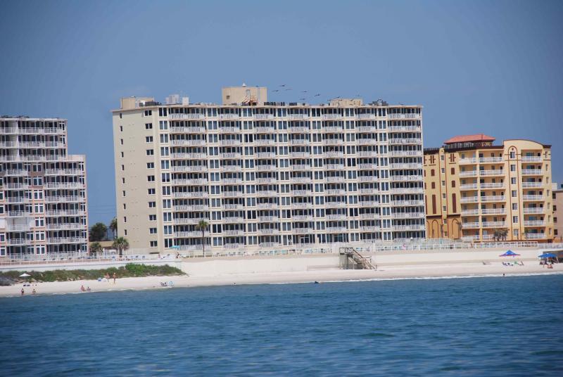 Ocean Front 2 Bed - 2 Bath - DIRECT OCEAN FRONT, Shores Club, Weekly OK, WIFI - Daytona Beach Shores - rentals