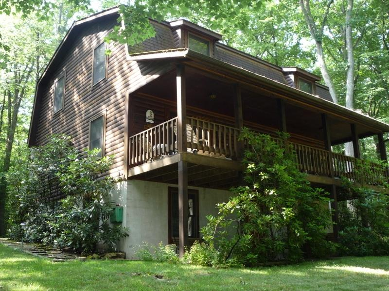 White Oak Lodge - Log Home with Covered Porch - White Oak Retreat at Deep Creek Lake - Swanton - rentals