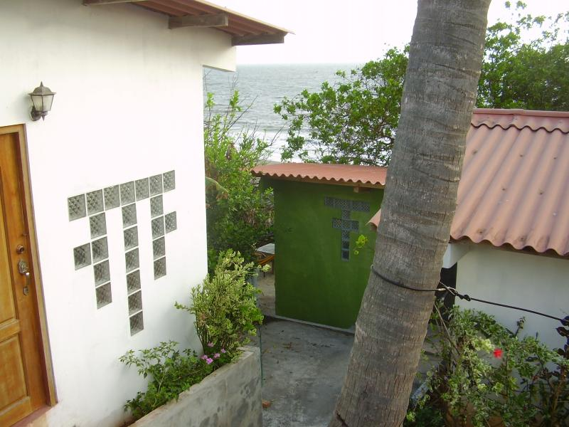 Beach house White, Blue Villa, Green Cabana. - Oceanfront  Beach home and Villa near  Las Tablas - Las Tablas - rentals