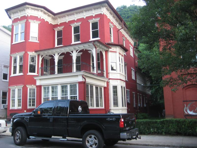 VACATION IN AN AUTHENTIC VICTORIAN MANSION - THE VICTORIAN AT JIM THORPE - Jim Thorpe - rentals