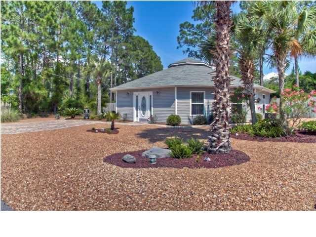 Oasis - Private Pool - Pet friendly - Blocks to Beach & Restaurants - 2 Driveways - Mexico Beach - rentals