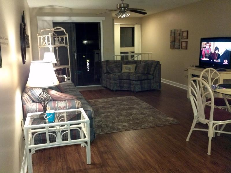 "Living Room area with new 42"" HDTV - Susan's Condo on Crescent Beach - Saint Augustine - rentals"
