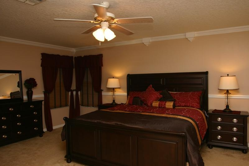 King Master Bedroom 1 - Yingching Villa Pool/Spa Game AC - Davenport - rentals