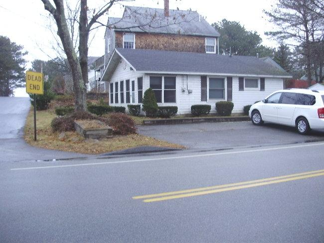 Outside with driveway - DEWITT-Ferry Beach,Saco-Beach just down the street - Saco - rentals