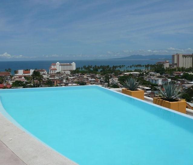 Roof top infinity pool - 3 bed 3 bath deluxe - shared rooftop infinity pool - Puerto Vallarta - rentals