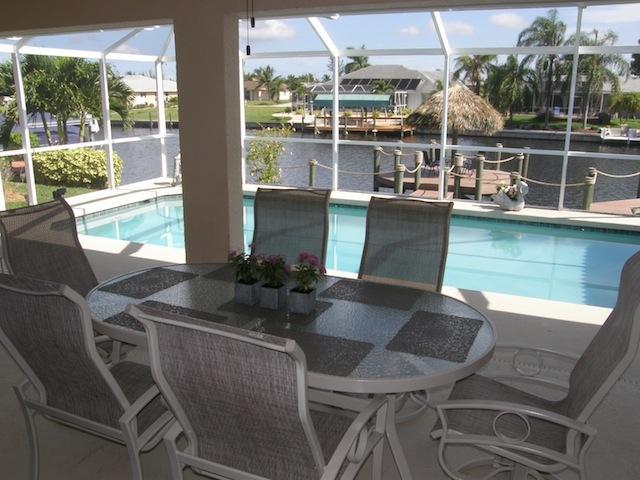 Pool Area - Villa Tiki Dream, Cape Coral - Pool & Gulf Access - Cape Coral - rentals