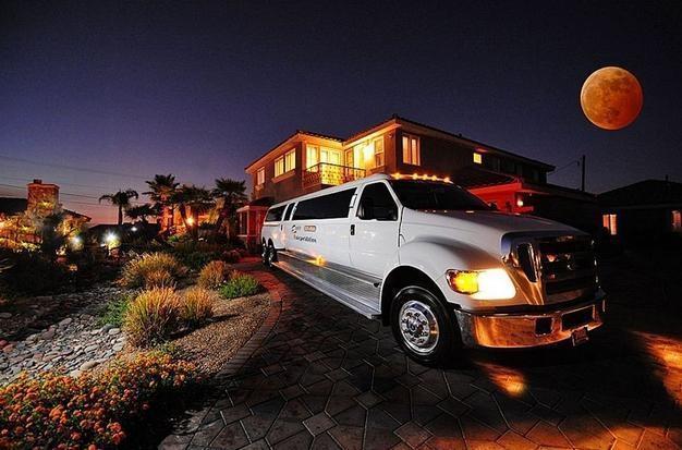 35% Disc LV Mini Castles-18 Guest Suites, 22 bath - Image 1 - Las Vegas - rentals