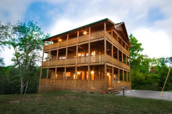 Mountain Lake Lodge - Image 1 - Sevierville - rentals