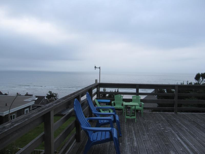 Large Deck - Gertie's Cabin with unobstructed ocean views! - Tillamook - rentals