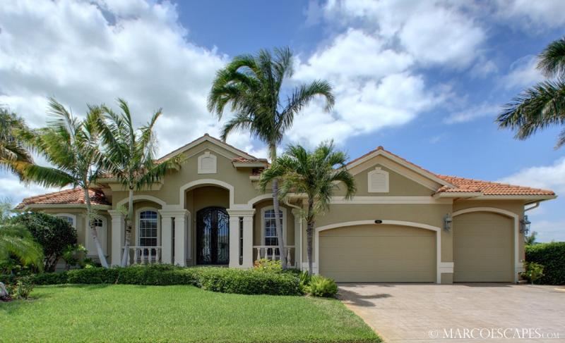 THE CLIFTON of MARCO - True Luxury Near the Beach! - Image 1 - Marco Island - rentals