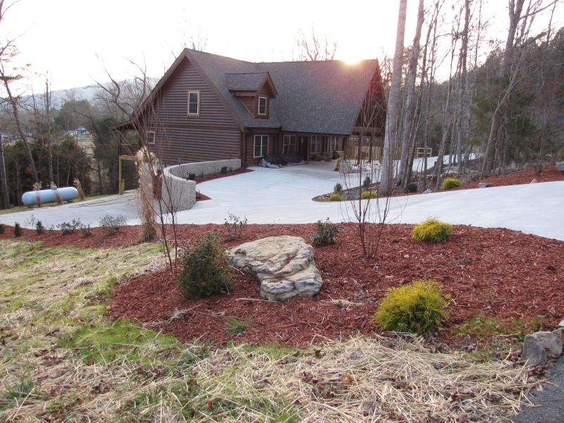 Winter sunset over Castlerock Cabin - Spacious Family Cabin near Chattanooga attractions - Trenton - rentals