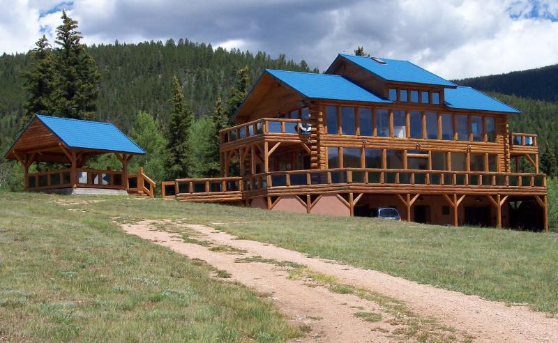 Cabin Vacation Getaway,ATV Riding,Snowmobile,XCski - Image 1 - Pitkin - rentals