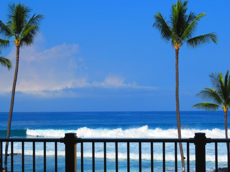 Photographed from lanai by guest in 2012 - Full Ocean View, Kona Reef Condo, King Bed, Wifi - Kailua-Kona - rentals