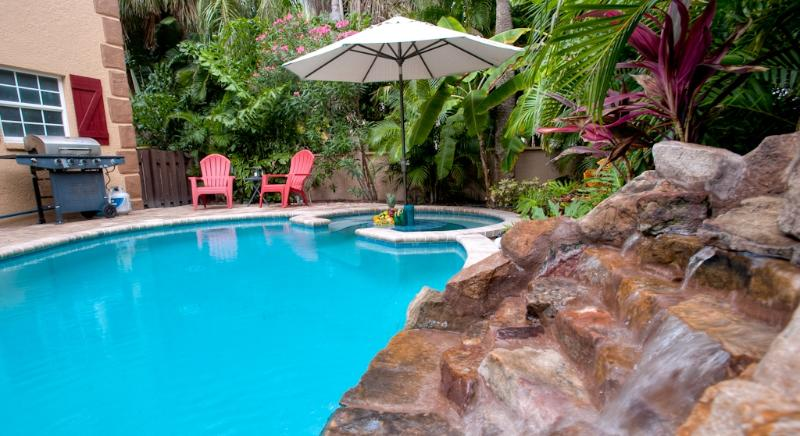 Welcome to your own tropical island paradise! - Luxury Beach Home-Heated Pool, Waterfall, 3BR/3BA - Anna Maria Island - rentals