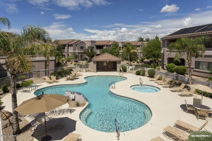 View of pool and spa from balcony - STUNNING VIEW 2 BDRM 2 BATH RESORT LIKE CONDO - Scottsdale - rentals