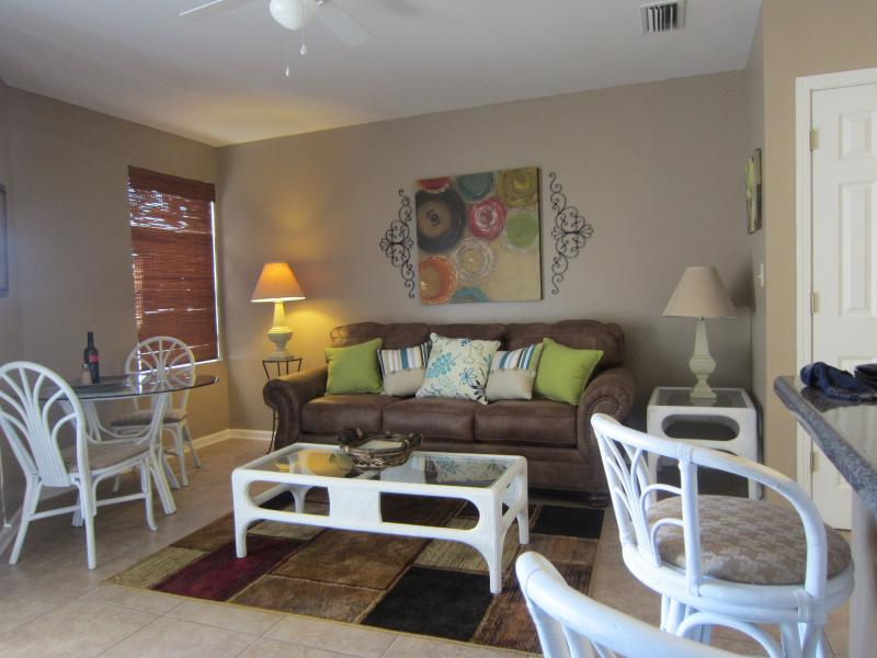 Living area - Free WIFI, King Bed, Tile Throughout - Orange Beach - rentals