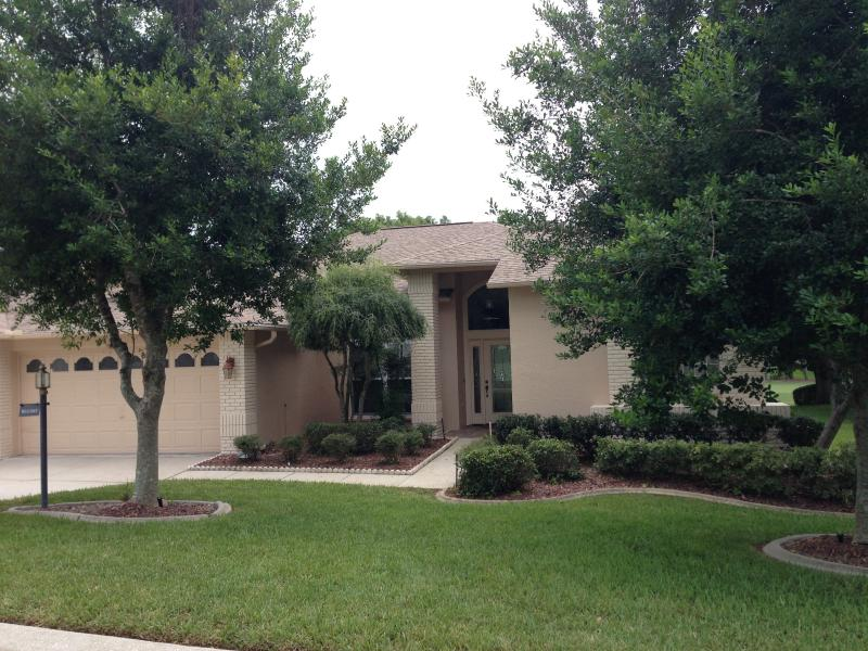 Luxury 3/2 Golf Course Home in Gated Community - Luxury Golf Course Florida Rental - Spring Hill - rentals